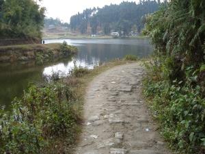 Path around Lake Sumendu, Mirik