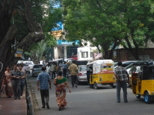Approaching the Apollo Hospital, Chennai